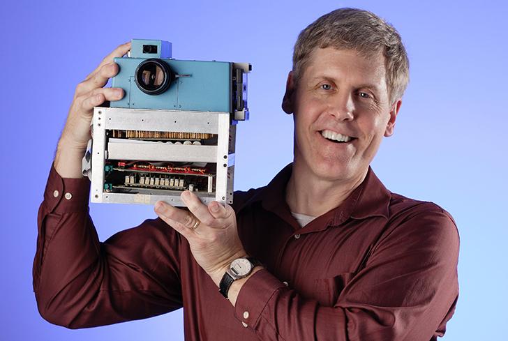 Steve Sasson with original digital camera